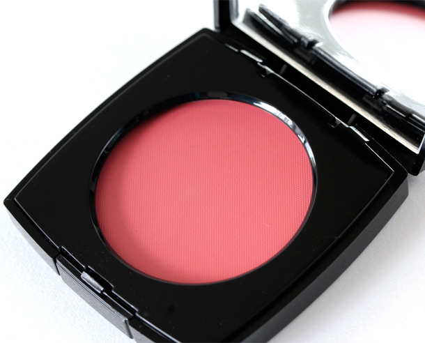 Chanel Revelation-Blush Creme
