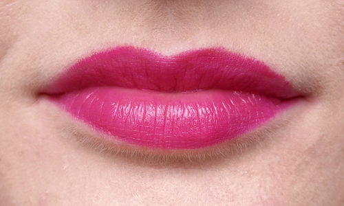 Pink M.A.C lipstick in Flowerscope