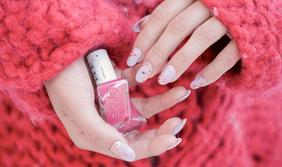 essie nails with dorhout mees